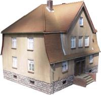 Vergrößern: Ehemaliges Wohnhaus in Altengronau (H0 / 1:87)